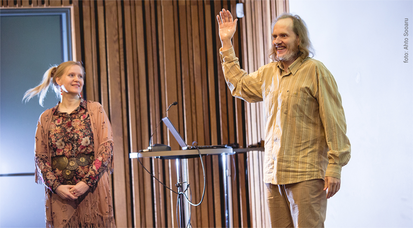 Mari Lauk ja Asko Uri esinemas inimliku juhtimise koolitusel